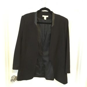Best blazer ever from H&M, black size 14!